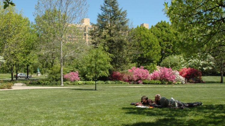 azalea-garden-Philly 1